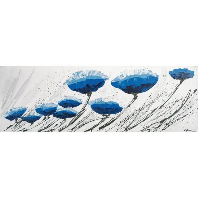 Fiori blu nel vento