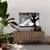 Quadro albero bianco e nero ambientazione